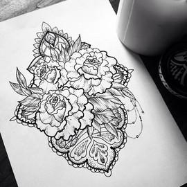 Цветы с узорами под грудь