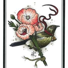 Птица с цветком в лапах