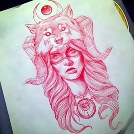 Девушка с маской волка