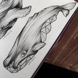 Кит с геометрическими фигурами